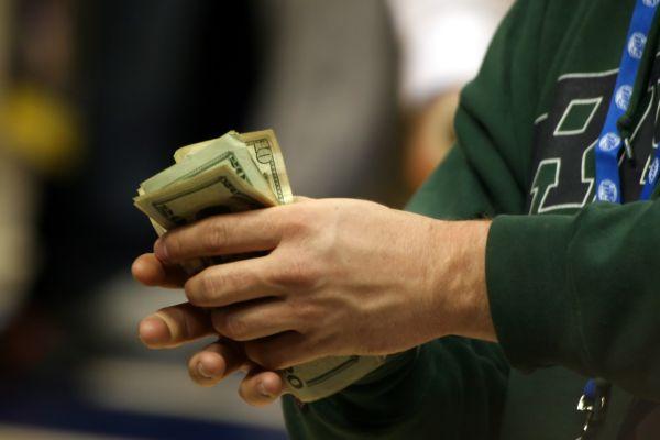 Okamžité půjčky a peníze v hotovosti